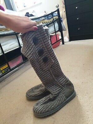 0365fb498b8 LADIES GREY KNITTED Cardy Ugg Boots Size 7.5 - £50.00 | PicClick UK