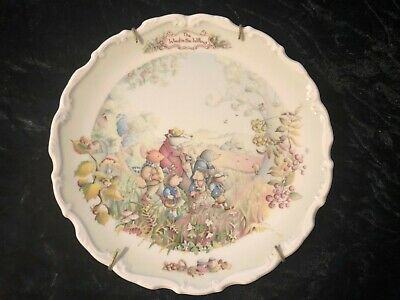 Royal Albert Autumn in the Wild Wood The Wind in the Willows Collectors Plate
