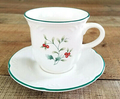 Pfaltzgraff Winterberry Replacement Flat Cup and Saucer Set Holiday Tea 1 Piece