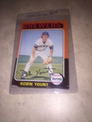 Robin Yount 1975 Topps Rookie Card #223 (Milwaukee Brewers)