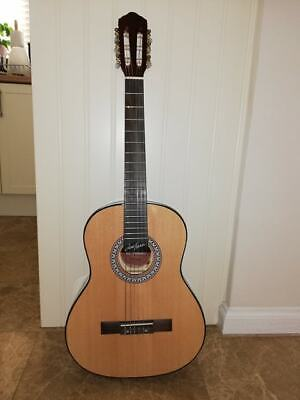 3/4 size Acoustic Classical Guitar with case and 2 FREE guitar picks
