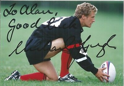 Michael Lynagh signed dedicated 7 x 5 colour photo.Rugby Player E1822