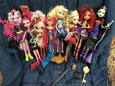 Monster high & ever after high doll lot Plus More