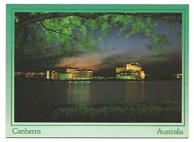 ACT - c1980s POSTCARD - NATIONAL ART GALLERY & HIGH COURT AT NIGHT, CANBERRA