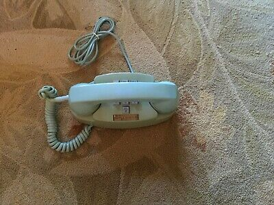 VINTAGE BELL SYSTEM PRINCESS Push Button TURQUOISE PHONE