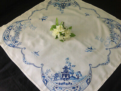 Vintage Hand Embroidered Linen Tablecloth ~ Stunning Blue Willow Pattern