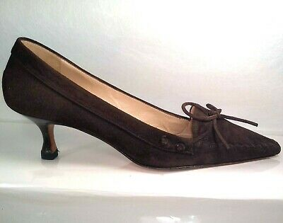 0a0c3186351bd Manolo Blahnik Brown Suede Kitten Heel Pump Women US 7.5 EU 37.5 Well  Maintained