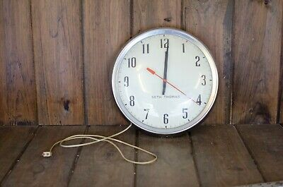 Vintage Seth Thomas Metal & Glass Schoolhouse Style Electric Wall Clock, Working
