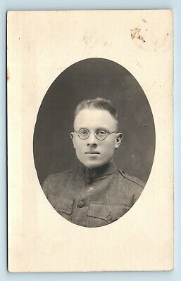 STUDIO PORTRAIT OF WWI SOLDIER w/ ROUND GLASSES - US MILITARY VTG PHOTO RPPC