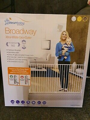 Dreambaby Broadway Xtra-wide Extra-Tall Stair Safety Gro-Gate (76 - 134.5 cm)