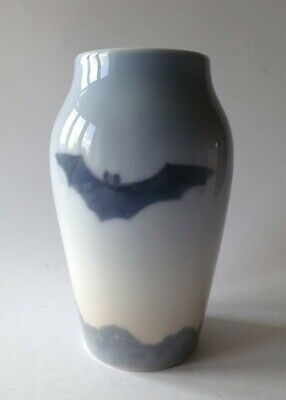 Royal Copenhagen Vase Mit Fledermaus Porzellan Art Nouveau Vase With Bat