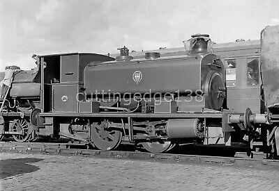 Larger Railway Negative: Barclay Loco on Keighley & Worth Valley Line 2/395