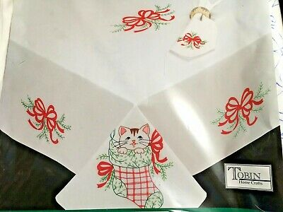 """Tobin HOLIDAY CATS Stamped Tablecloth for Embroidery 58"""" x 104"""" cat in stocking"""