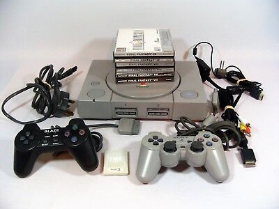SONY PLAYSTATION 1 CONSOLE SCPH-7502, 2 x CONTROLLERS & 3 x FINAL FANTASY GAMES