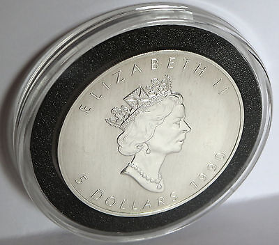 1990 Queen Elizabeth .9999 Fine Silver Vintage Canada Maple Leaf Coin 1 Troy Oz
