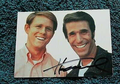 HAPPY DAYS TV Show Trading Card AUTOGRAPHED Hand Signed HENRY WINKLER Fonzie