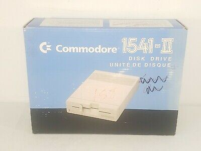 VTG Commodore 1541-II Floppy Disk Drive w Box & Manual Powers Up