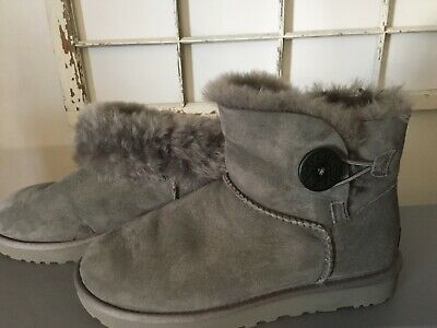 26da86912f8 UGG MINI BAILEY Button II Women's Sheepskin Boots US Size 7 Stormy Grey  1016422