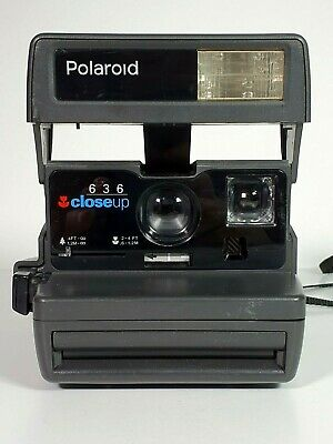 Nice Polaroid 636 Close Up Instant Camera Vintage Collectible Item