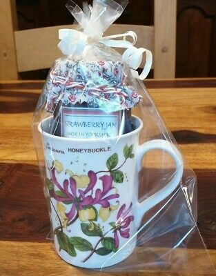 Fine Bone China Honeysuckle Mug & Homemade Strawberry Jam Gift Set