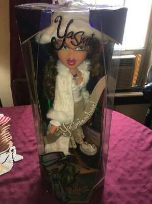 Large Collector'S Edition Bratz Doll 2003 Limited Edition Yasmin Doll & Clothes