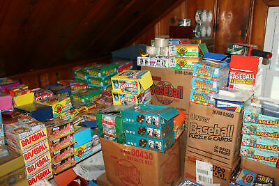 Huge Wholesale Lot Of 1000 Unopened Old Vintage Football Cards In Wax Packs