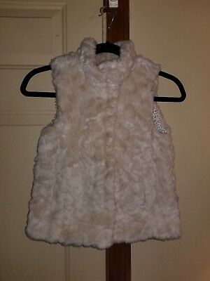 Zara Girls Outerwear Collection Faux Fur Winter Vest 7-8 Small Medium S M White