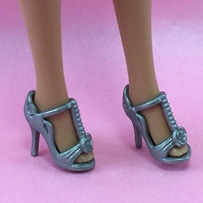 Barbie Shoes//Boots Silver High Heel with flower NEW #1320