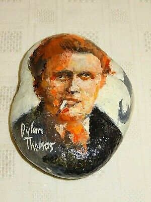 Hand Painted Pebble / Stone - Dylan Thomas - Laugharne Boat House - Signed