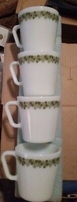 LOT of 4 VINTAGE PYREX CRAZY DAISY COFFEE CUPS MUGS#1410GREEN FLOWERS