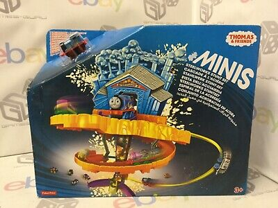 Thomas  Friends FGR17 Minis Steelworks Stunt Play Set