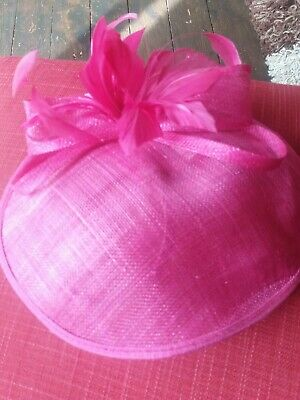 Designet Fuschia Fascinator/Hat By Hat Box Immaculate