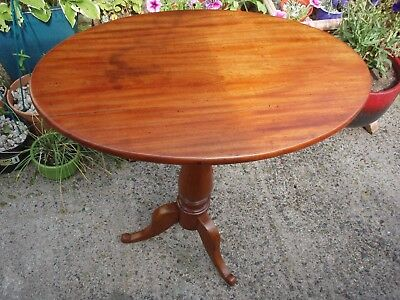 Antique Vintage oval tripod occasional side / coffee / hall phone table 3 legs