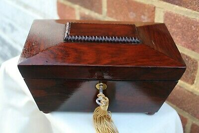 NICE c 1860 ROSEWOOD DRAGOONED JEWELLERY BOX LIFT OUT TRINKET TRAY LOCKING BOX.