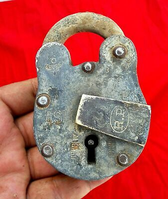 Vintage Heavy Chopps & Co. Aligarh 6 Lever Iron Padlock
