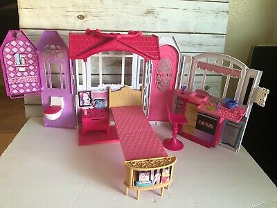 2014 Mattel Barbie Glam Getaway Fold N' Go House with some Extras!