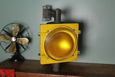 Vintage Retired Street Traffic Light Signal Crouse Hinds Yellow Caution Parts