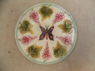 Ancienne Assiette Barbotine Decor Papillon