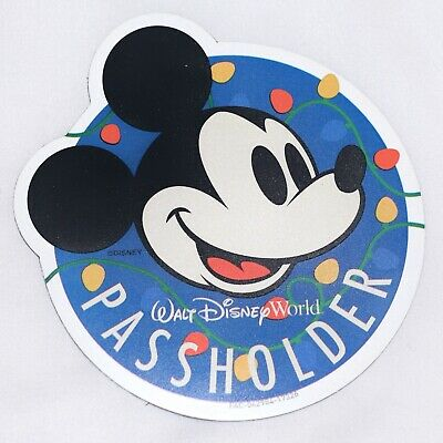 *Authentic* Walt Disney World Mickey Mouse Christmas Magnet Annual Passholder