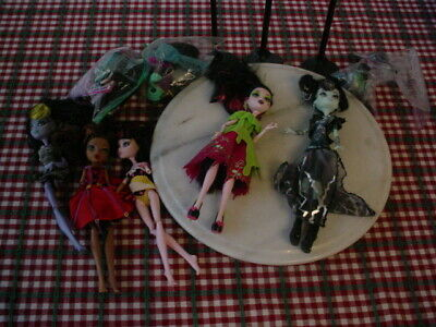 Mixed Lot of Vintage Monster High Dolls, Clothes, Accessories 2008, one 2011