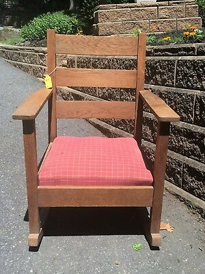 MISSION style beautiful oak rocking chair.. STURDY
