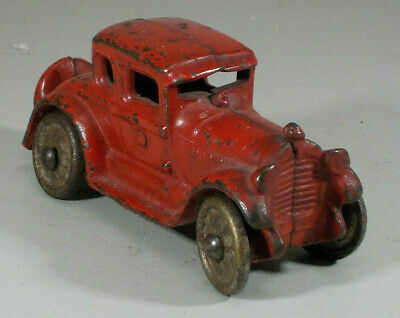 VINTAGE 1920's A.C. WILLIAMS CAST IRON FORD MODEL A COUPE TOY CAR