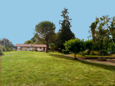 Renovated 2 Bedroon Villa in the Pyrenees, Wonderful Views. Fully Furnished.
