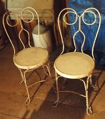 E 2 Four vintage Ice Cream chairs
