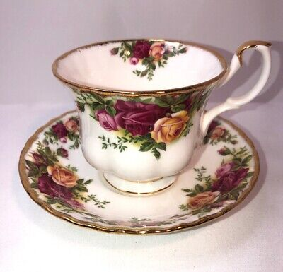 Royal Albert Old Country Roses Tea Fine Bone Cup & Saucer Set New