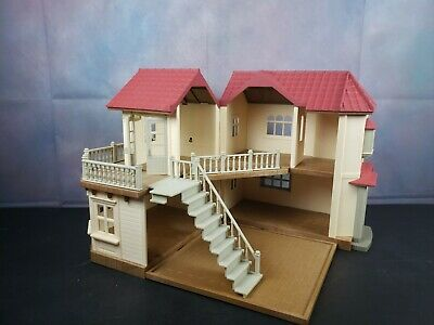 Calico Critters Sylvanian Families Epoch Deluxe Luxury Townhouse Doll House