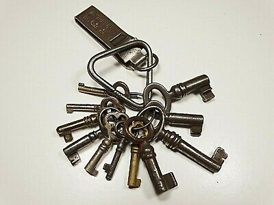Antique 18Th Century Lot Of 11 Keys Skeleton In Solid Iron