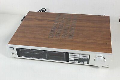 Realistic STA -112 Synthasized Stereo Reciever Silver / Wood Grain (4949/LE)