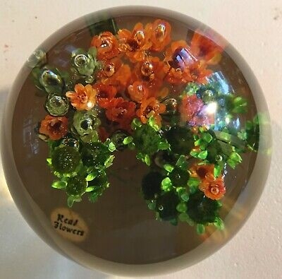 """Vintage Plastic Lucite Acrylic Paperweight Mid Century Real Flowers Exc Cond 3"""""""