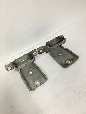 International 3549259C1 Door Hinges To Fit 2002 & Up (Lot Of 2 Hinges Included)